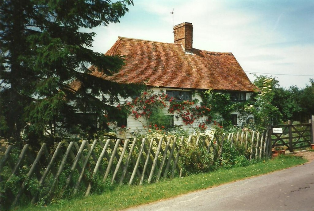 Image showing a country cottage in England