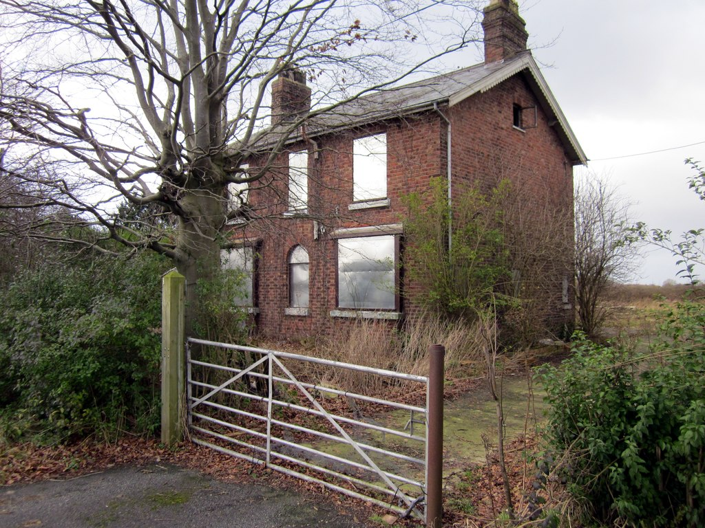 Image showing a property to renovate in England